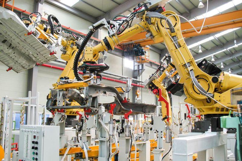 Vendas mundiais de robôs industriais batem recorde